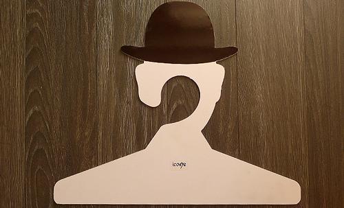 magritte_hanger-3.jpg