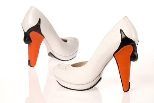 swan_shoes.jpg