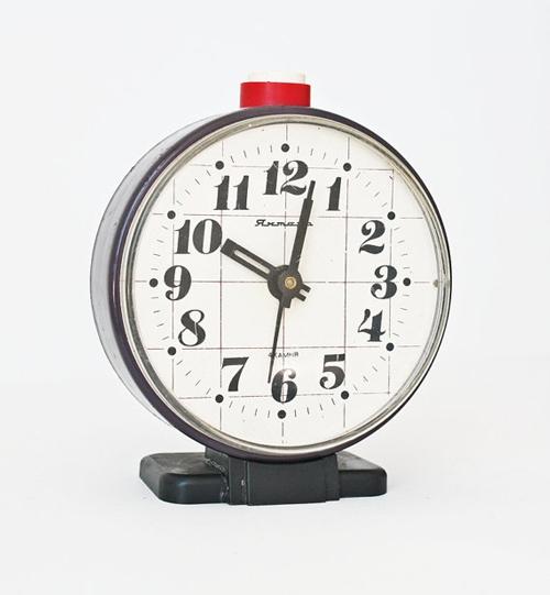 soviet_alarm_clock-1.jpg