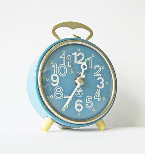 soviet_alarm_clock-2.jpg
