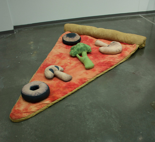 pizza_sleeping_bag-2.jpg